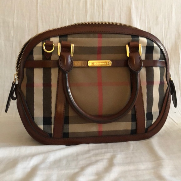 fe9b974dda63 Burberry orchard bowling bag